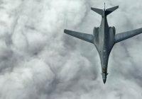Oanh tạc cơ Mỹ lại bay trên Biển Đông