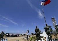 Biển Đông: Tàu chiến và dân quân biển Trung Quốc đến sát đảo Thị Tứ