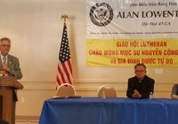 Mục Sư Nguyễn Công Chính họp báo tại Little Saigon