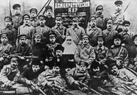 Cách Mạng Tháng Mười Tại Nga